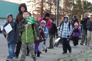 2012_1_Cascade View El (Walk to School) (2)
